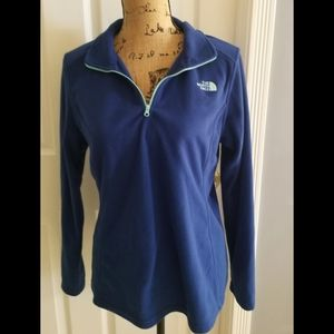 The North Face 1/4 Zip Long Sleeve Top Large